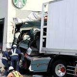 トレーラー事故