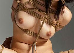 女性緊縛方法